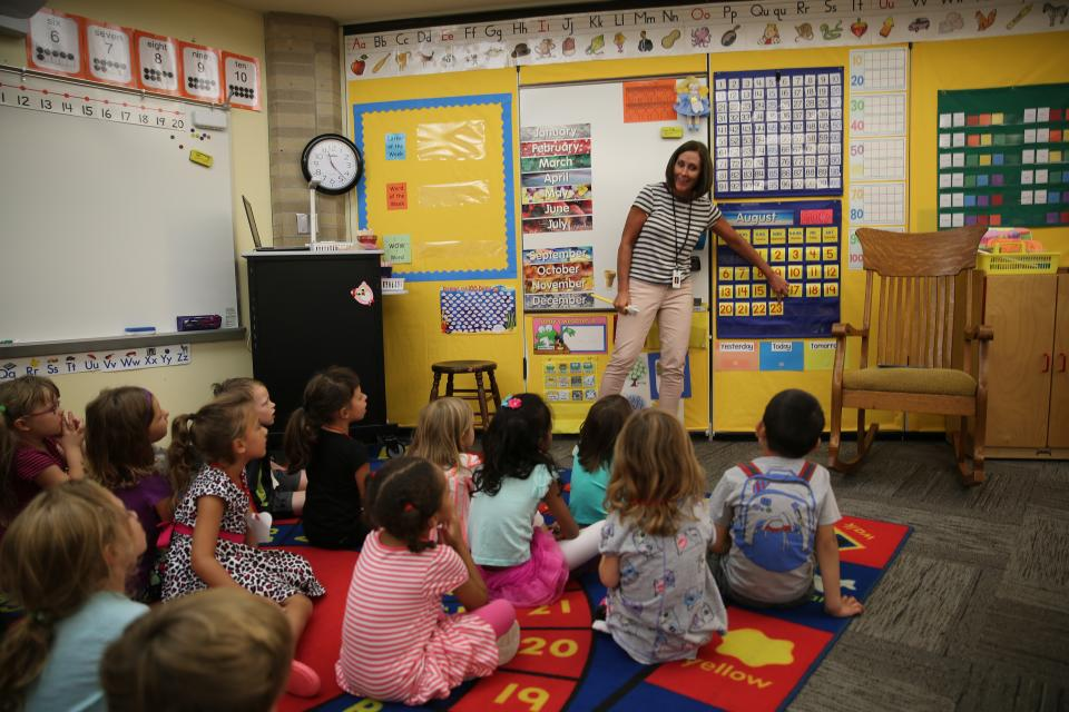 Mary Frank kindergarten teacher teaching students